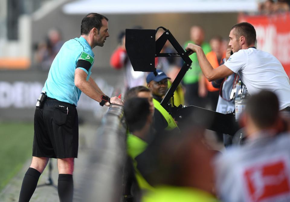VAR fifa world cup 2018
